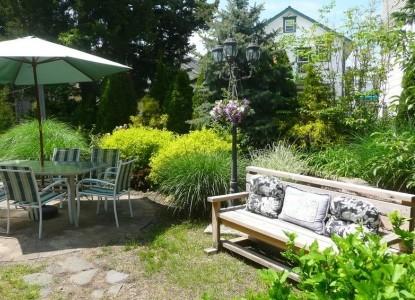 Inn The Gardens Bed & Breakfast, patio