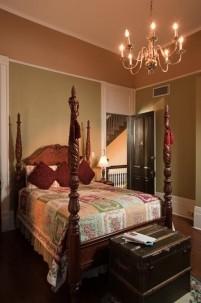 Avenue Inn Bed and Breakfast- Bedroom