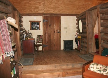 Ethridge Farm Log Cabin Bed and Breakfast  front door