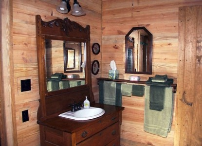 Ethridge Farm Log Cabin Bed and Breakfast sink