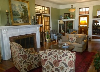 The Dickey House Bed & Breakfast, Ltd-Living Room