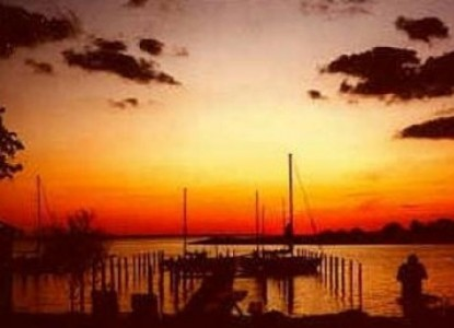 Moonlight Bay Inn and Marina, sunset