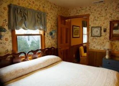 sandaway waterfront lodging room rates and availability. Black Bedroom Furniture Sets. Home Design Ideas