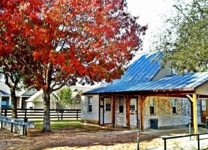 Gruene Cottages Exterior