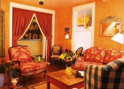 Lavender, A Four Sisters Inn, living room