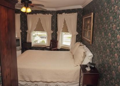 The Ogunquit Inn-Room 2