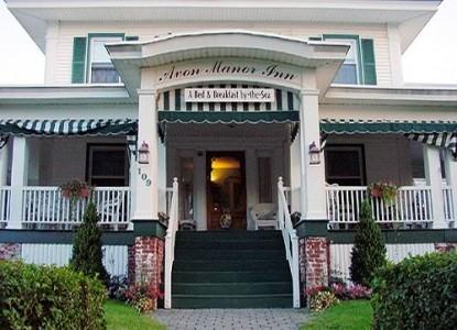 Avon Manor Inn Bed & Breakfast & Cottage - Innfront