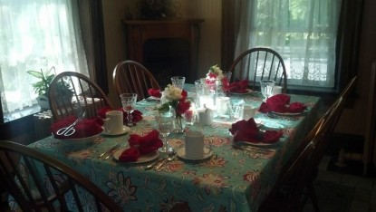 The Lititz House Bed & Breakfast, Dining