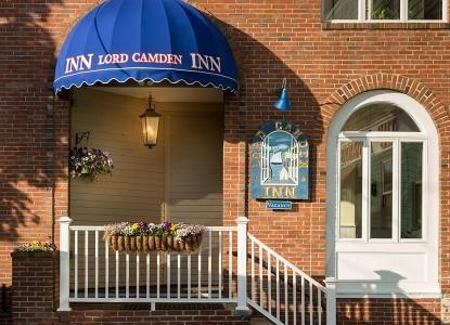 Lord Camden Inn Front Door
