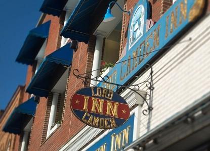 Lord Camden Inn front sign
