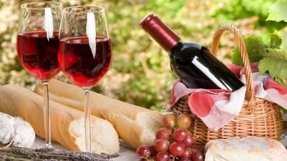Beechwood Inn cups of wine