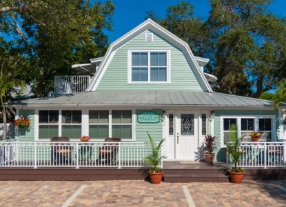 SeaGlass Inn Bed & Breakfast, front view
