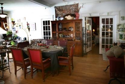 Historic Melrose Inn Bed and Breakfast dining