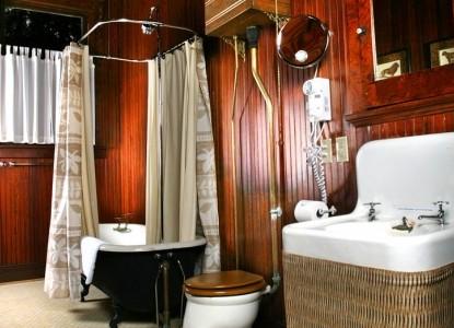 Magnolia Springs B&B Mclennan Bathroom