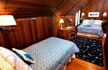 Magnolia Springs Bed & Breakfast Cowen room bed