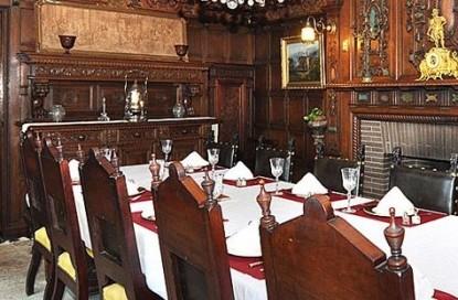 Edgewood Manor Bed & Breakfast dining room
