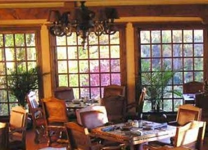 Blue Lake Ranch Bed & Breakfast dining room