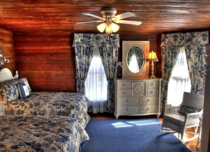 Duck Smith House Waverly room