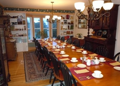 Fitch Hill Inn dining table