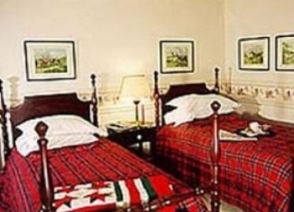 Montclair Bed & Breakfast, guest room