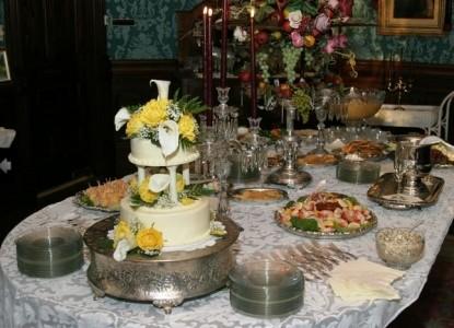 The Empress of Little Rock wedding cake