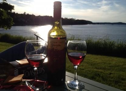 Saltair Inn Waterfront Bed and Breakfast -Wine