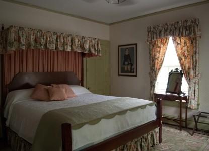 Colonial Capital Bed & Breakfast, bedroom