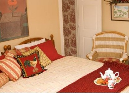Inn at Huntingfield Creek bedroom