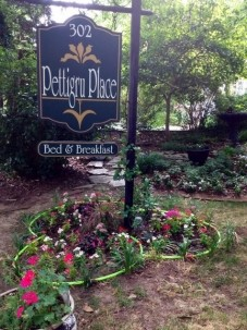 Pettigru Place Bed & Breakfast front sign