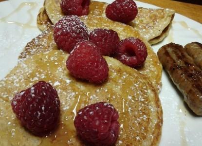 Mariaville Lake Bed & Breakfast, pancakes