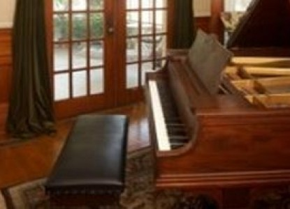 The Grand Anne Bed & Breakfast piano