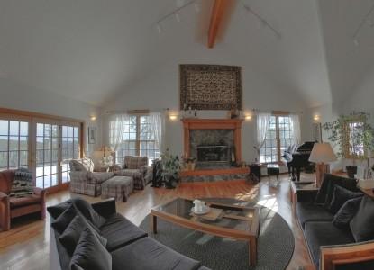 Peregrine Pointe Bed & Breakfast fireplace