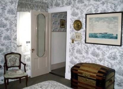 Inn at Tanglewood Hall door