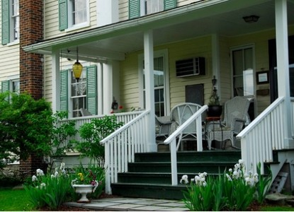 Halcyon Place Bed and Breakfast-Summertime