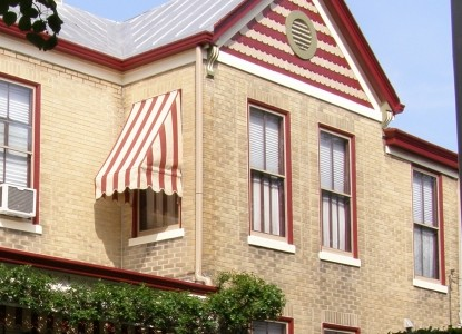 Cincinnati Weller Haus Bed & Breakfast-Front of House
