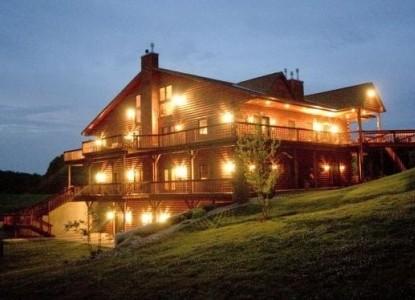 Harpole's Heartland Lodge front