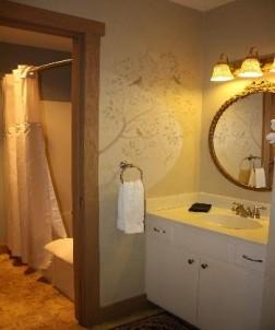 The Barn Inn Bed & Breakfast, white oak room
