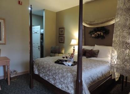 The Barn Bed & Breakfast Inn, camelot