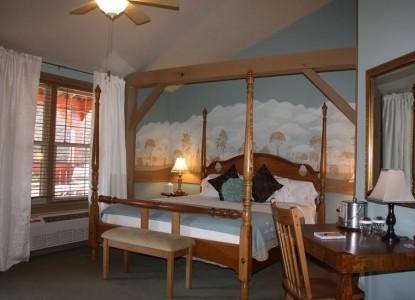 The Barn Inn Bed & Breakfast, vintage rose room