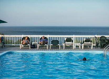 Emerson Inn by the Sea pool