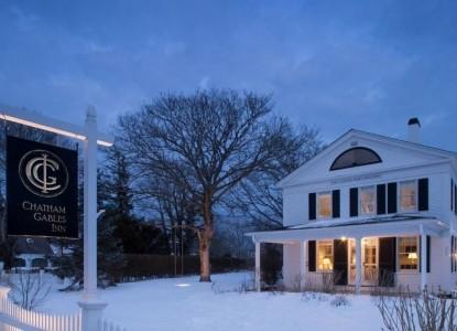 Chatham Gables Inn-Snow