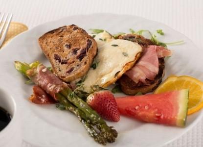 Chatham Gables Inn-Breakfast