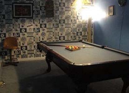 Rabbit Creek Inn Bed and Breakfast pool table