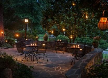 Chanticleer Inn Bed & Breakfast outdoor patio