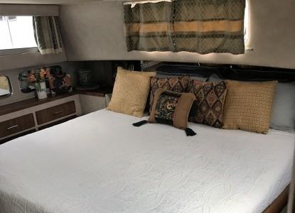 The Golden Slipper Boat bed