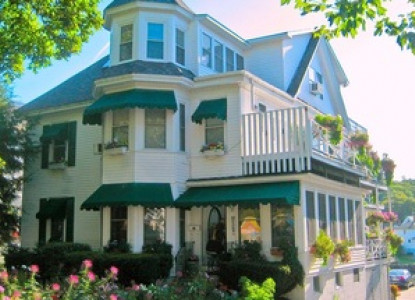Historic Victorian Bed & Breakfast located on the waterfront in the heart of the scenic coastal town of Boothbay Harbor. Please call our Boothbay Harbor B&B at 207.633.4300 for reservations.
