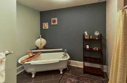 Harbor Suite bathroom