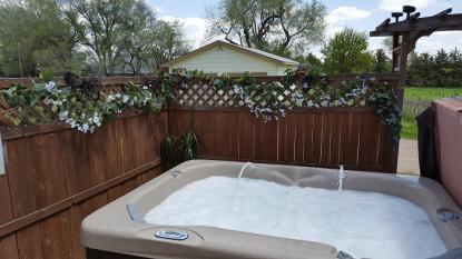 The Shepherd's Inn Bed and Breakfast - hot tub