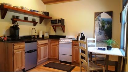 Serenity Cabin, kitchen