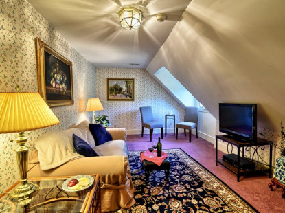 Tess' Room
